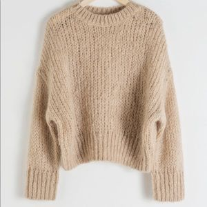NWOT Soft + cozy knit sweater